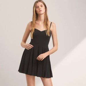 Aritzia Talula Lipinski Fit-and-Flare Skater Dress